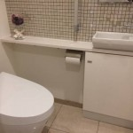トイレは洗浄機付暖房便座